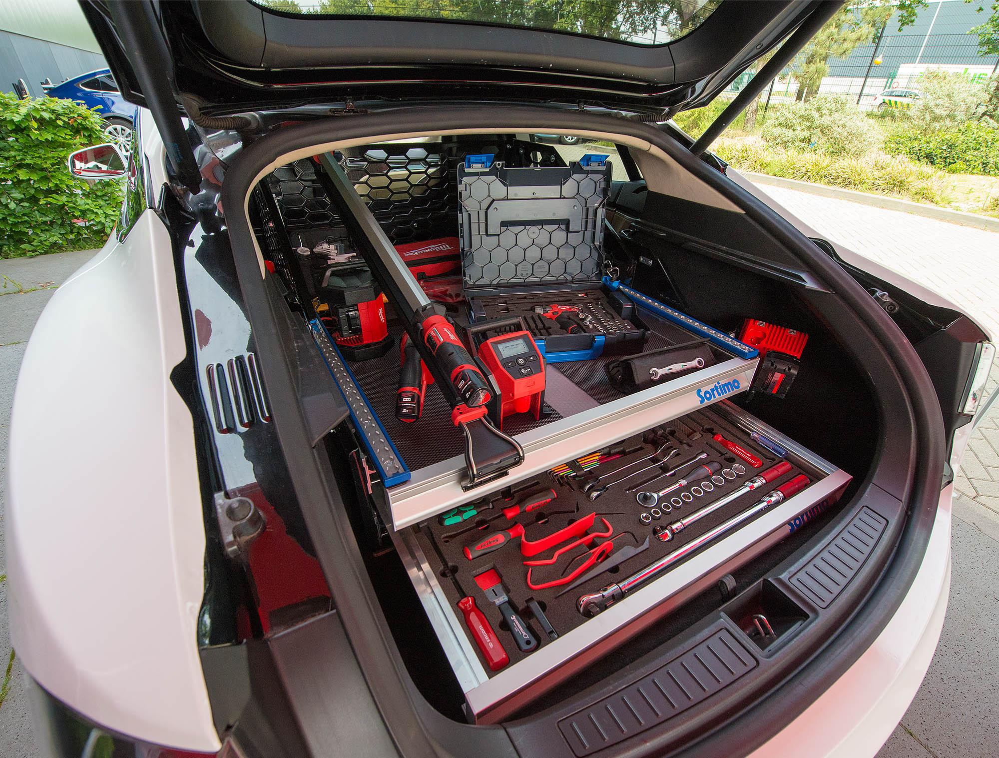Fiks Ferdig Med Tesla Mobile Service Tesla Owners Club Norway